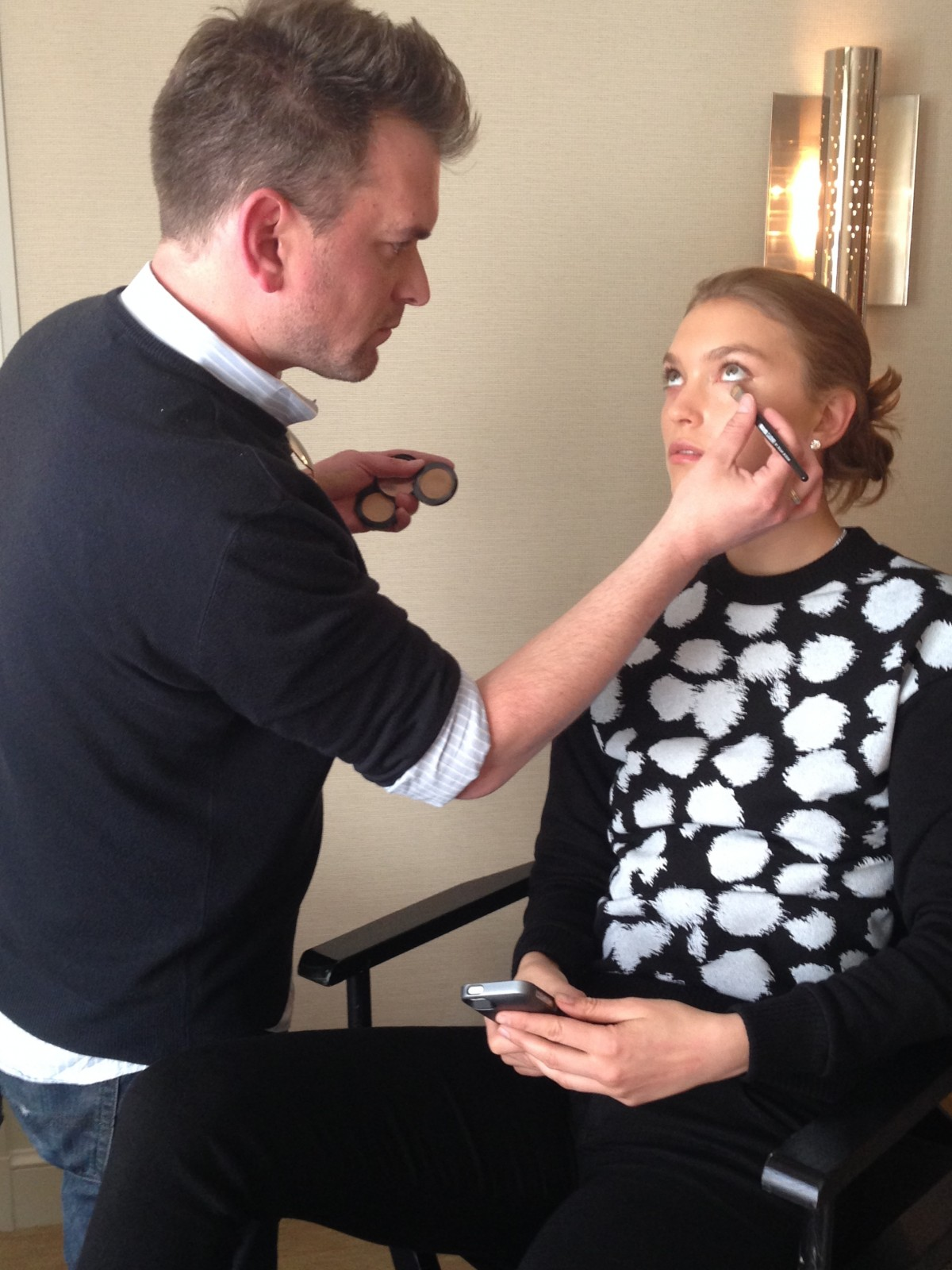 EXCLUSIVE: Q&A With Arizona Muse + Her MET Ball 2014 Makeup, Hair & Nails