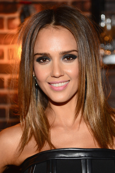 Makeup Jessica Alba At The Spike Tv 2014 Guys Choice