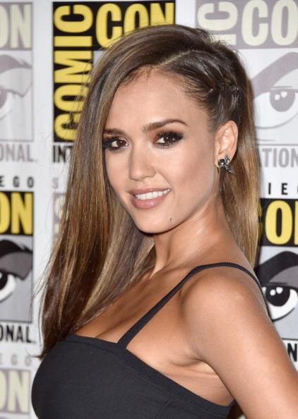 The Trick To This Faux Undercut Jessica Alba's Rocking At Comic-Con
