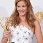 2014 Emmys Hairstyle: Anna Gunn