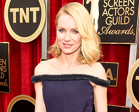 Naomi Watts' Luminous Makeup Look For The SAGs