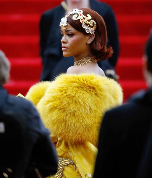 Met Ball 2015 Makeup: Rihanna