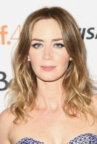 The Trick To Emily Blunt's Marine Liner Look