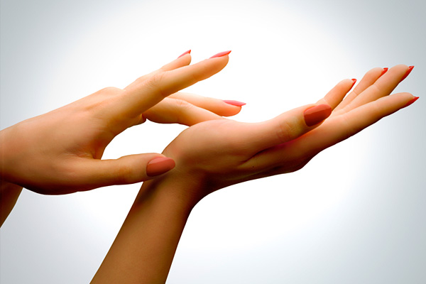 Can Your Hands Give Away Your Age? Here's The Solution