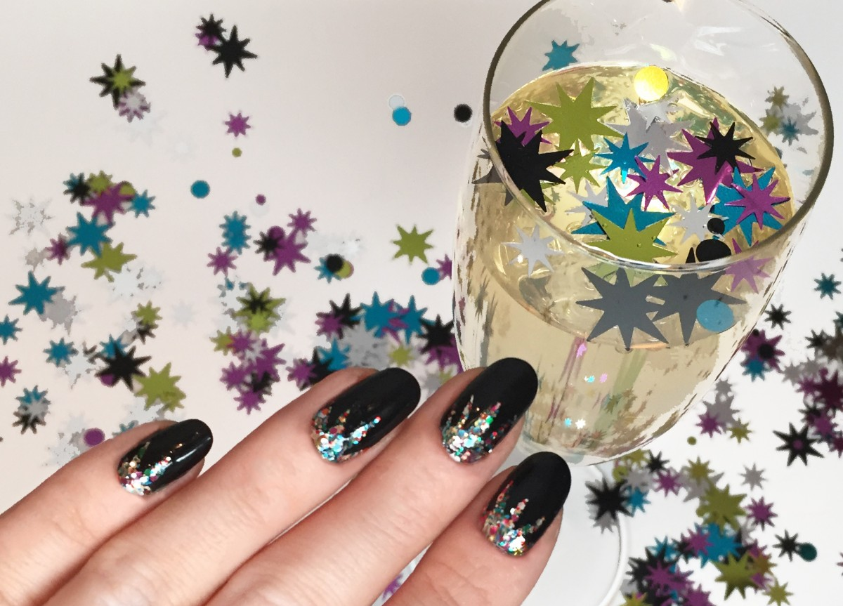 The Holiday Party Manicure Of The Moment