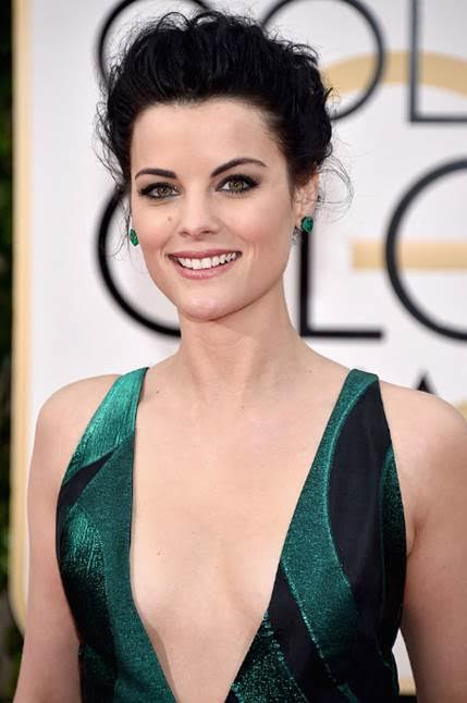 Jaime Alexander S Stunning Global Globes Makeup Rouge 18