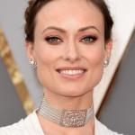 Olivia Wilde's Oscars Makeup & Manicure