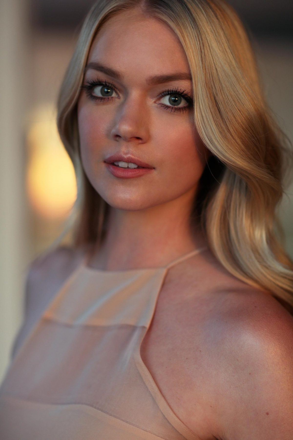 Five Rules For Life: Model & Wander Beauty Co-founder Lindsay Ellingson