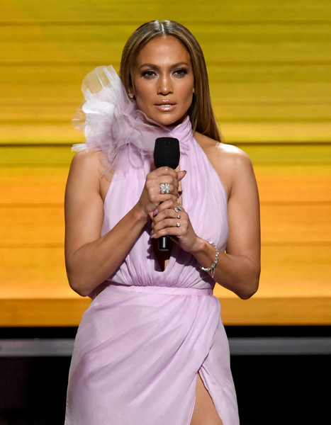 Recreate The Legendary JLo Glow At The Grammys