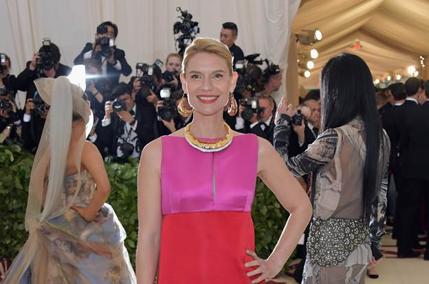 Claire Danes Dons Lashify For The Met Gala